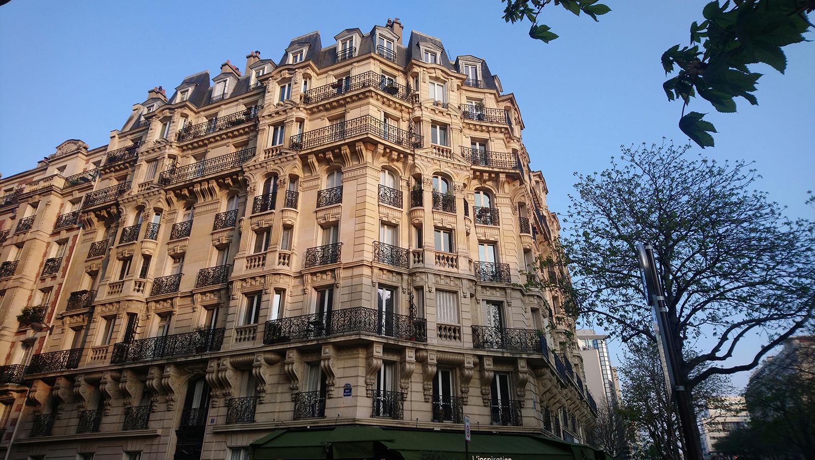 Produire des logements d'insertion au cœur de Paris: inauguration d'un logement SNL dans le 15ème arrondissement